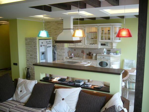 Прежде чем заняться совмещением кухни и гостиной необходимо взвесить все ЗА и ПРОТИВ