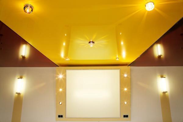 Преимущество натяжного потолка без нагрева в том, что он имеет длительный срок эксплуатации