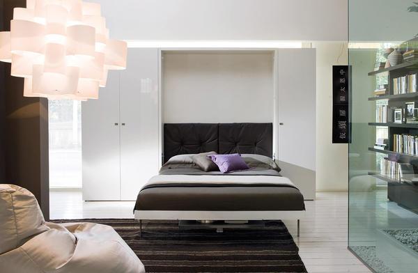 Встроенная кровать — отличный способ сэкономить драгоценное пространство