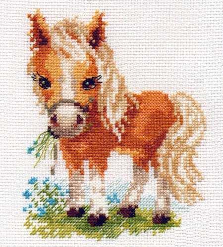 Лошади для вышивки - это отличная идея, которая особенно понравится не только опытным рукодельницам, но и маленьким девочкам