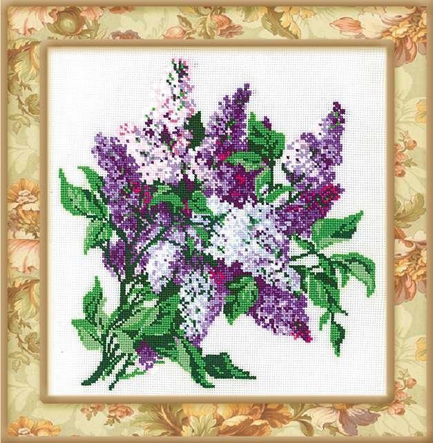 Всю красоту цветущей сирени вы сможете сохранить с помощью вышивки крестом